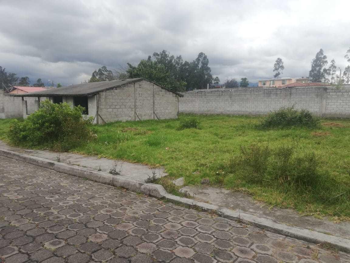vendo terreno frente colegio la salle ur puente de piedra