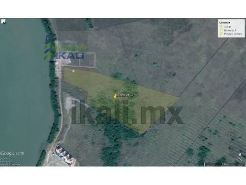 vendo terreno frente laguna tampamachoco tuxpan veracruz 2.1 hectáreas, con 28.98 metros frente a la laguna y con 213 metros aproximadamente de fondo a un costado de la colonia petrolera por el imss,