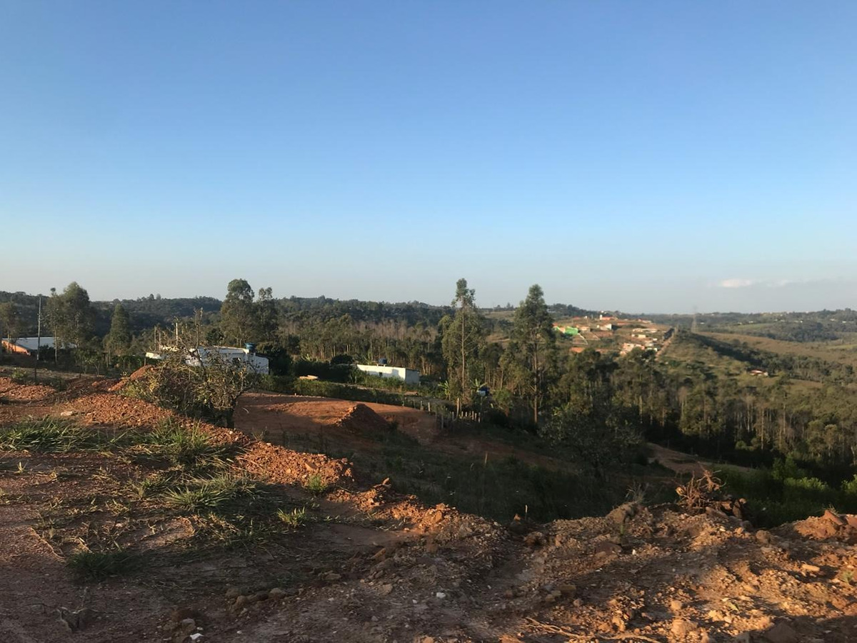 vendo terreno plano na região da castelo branco com 1000 m²