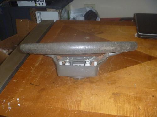 vendo timon de nissan terrano año 1991, color gris