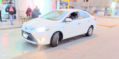 vendo toyota yaris 2016 con permiso de taxi hasta 2023