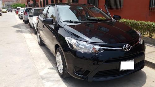 vendo toyota yaris advantage full 2017 mecanico uso dama