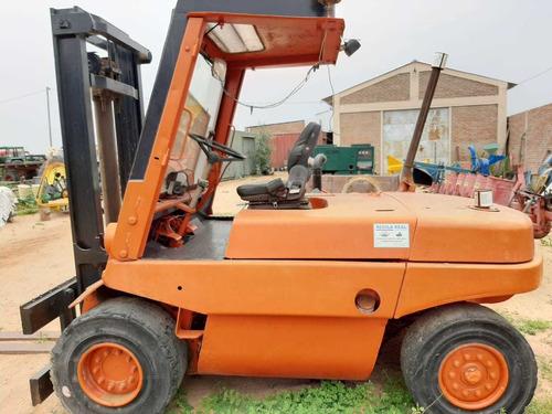 vendo tractores e implementos agrícolas tel 78420878