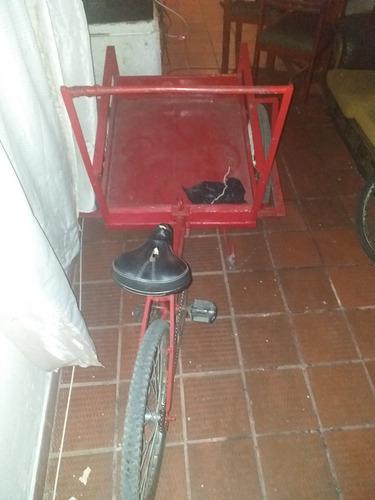 vendo triciclo 400000 negociables
