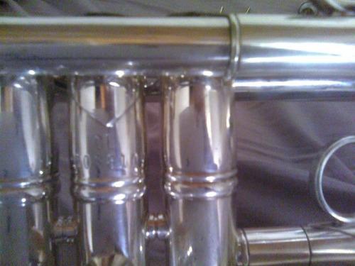 vendo trompeta en c vincent bach stradivarius.como nueva