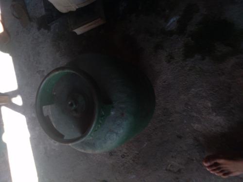 vendo um botijao gás vazio  100reais