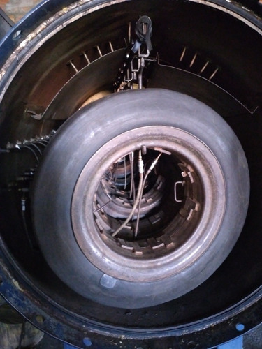 vendo uma altoclave elétrica e com capacidade d 8 pneus gand