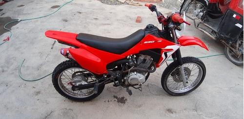 vendo una moto marca wanxim en buen estado