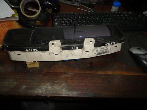 vendo velocímetro tacometro de  nissan b14, año 2000
