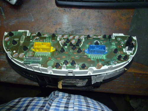 vendo velocímetro tacometro de peugoet 405, año 1994