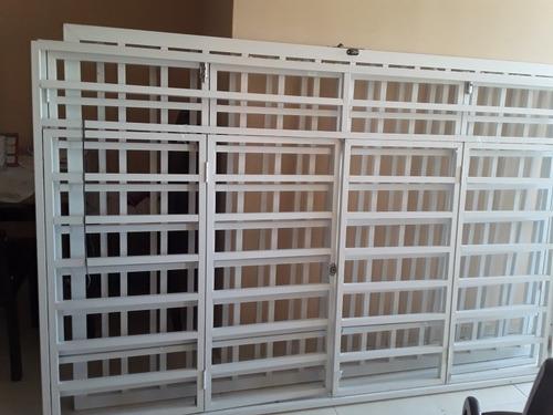 vendo ventanales de aluminio blancas en perfecto estado
