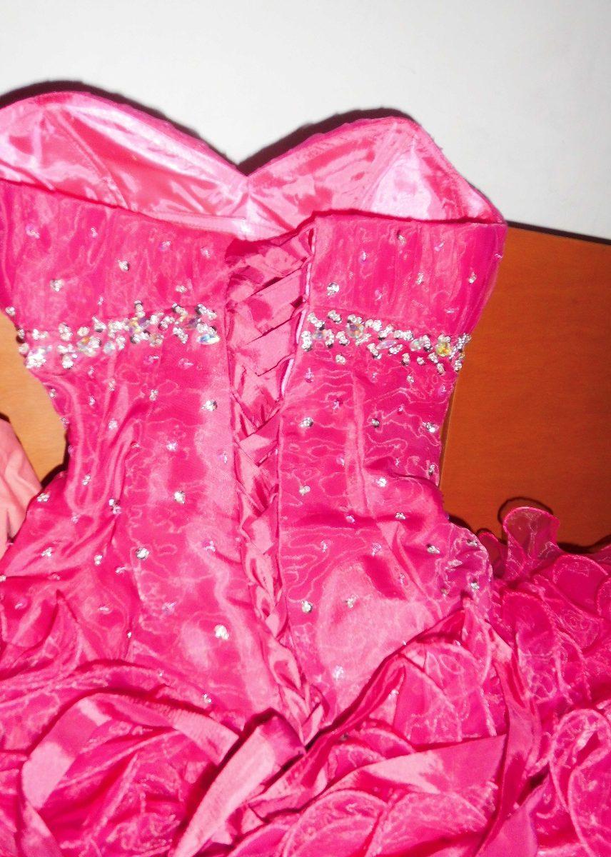 Vendo Vestido De 15 Años Importado Color Fucsia - Bs. 155.000,00 en ...