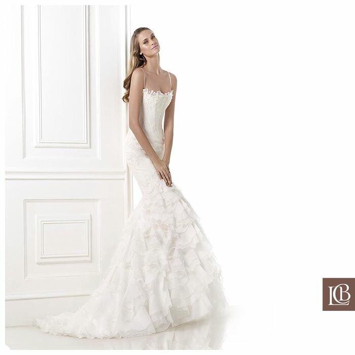 vendo vestido novia tipo sirena, pronovias, talla 40-42 - $ 500.000