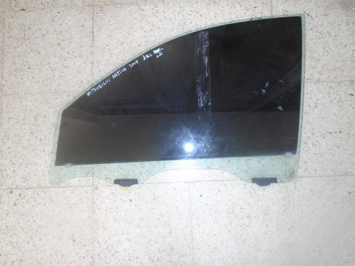 vendo vidrio delantero izquierdo de mitsubishi nativa 2009