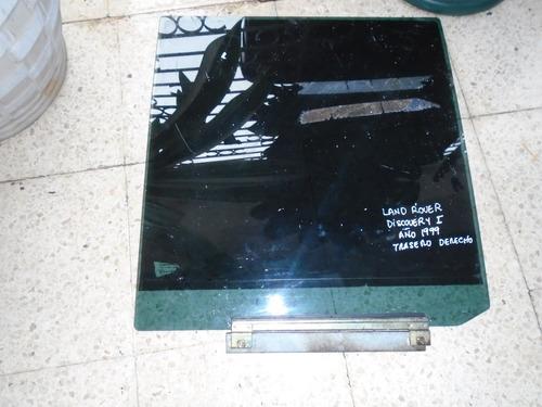 vendo vidrio trasero derecho de land rover discovery, 1999