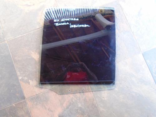 vendo vidrio trasero izquierdo de kia sportage,  año 2000