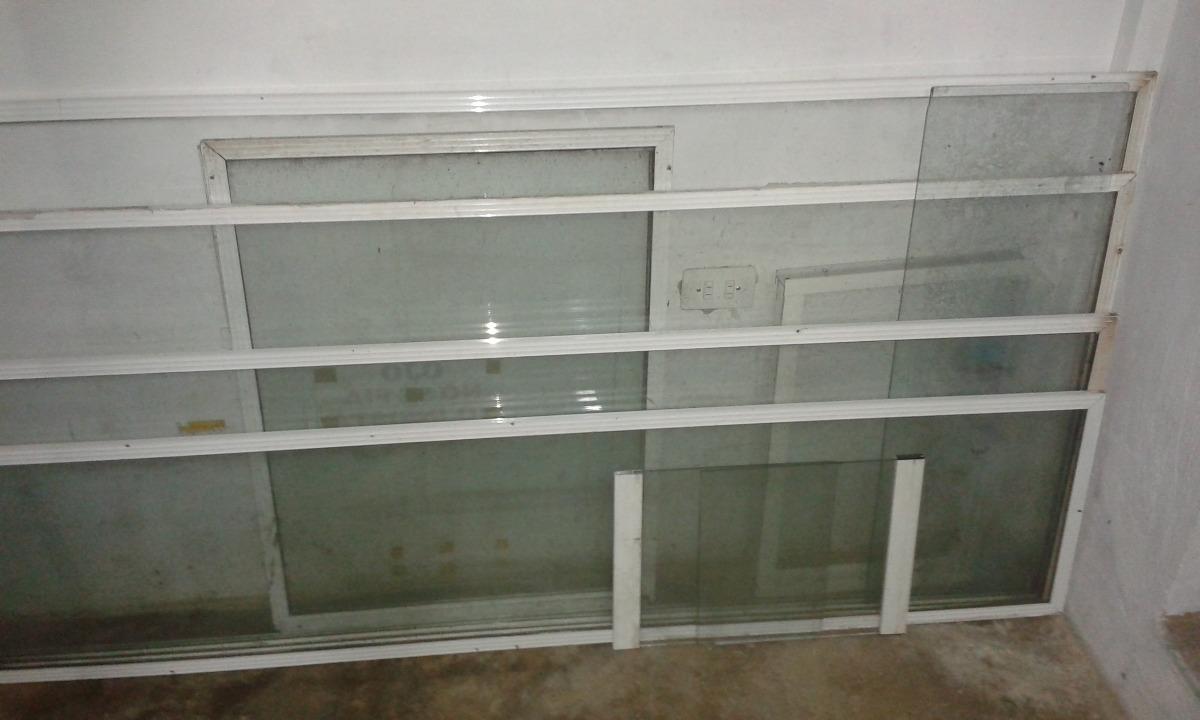 Vendo Vidrios Varias Medidas Con Marco De Aluminio Fijado - Bs ...