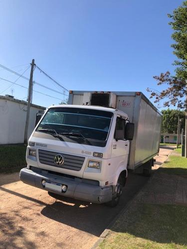 vendo volkswagen 8 - 120 con distribución diaria