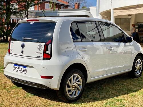 vendo volkswagen high up blanco automático 2017