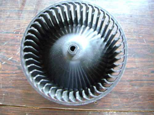 vendo wheel a/c blower de kia sephia sedan 1996