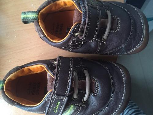 vendo zapatos clarks