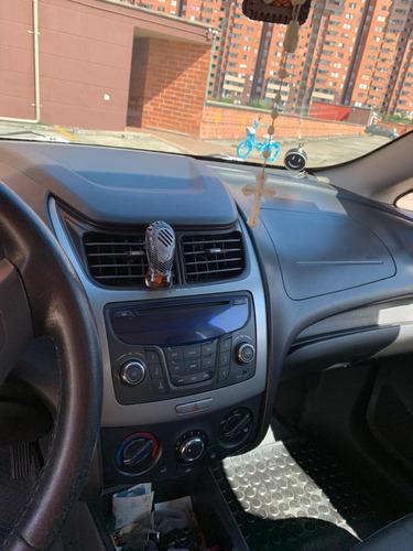 vendo/cambio por particular taxi chevrolet 2018