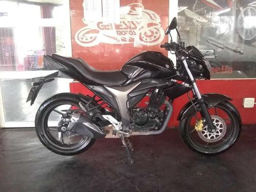 vendo/permuto suzuki gixxer mod 2018...recibo moto