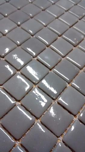 venecita biselada gris calidad premium 2,5x2,5 x m2