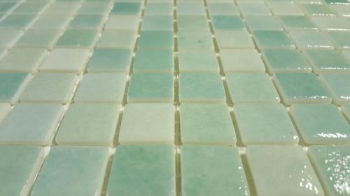 venecita verde claro niebla calidad premium 2,5x2,5 por m2