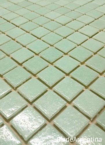 venecitas biseladas verde muy claro 2x2