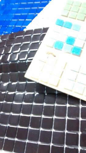 venecitas negro premium 2,5x2,5 unicas por plancha liquido