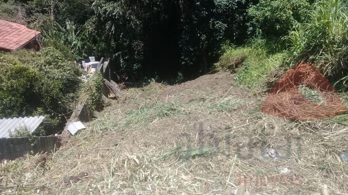 venha conferir esse ótimo terreno no recanto dos pássaros no parque das cigarreiras - 749