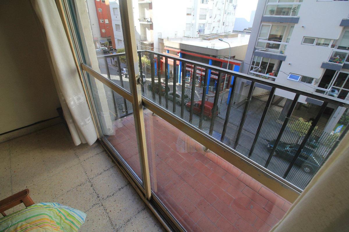 venta 1 ambiente con balcón saliente a 100 mts. de paseo aldrey!