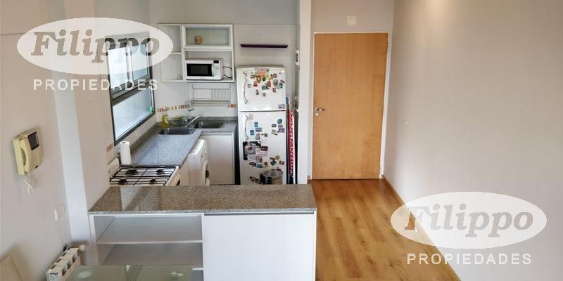 venta: 2 ambientes amplio y super luminoso con cochera y baulera!