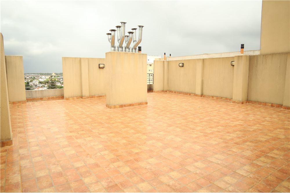 venta 2 ambientes en caseros centro