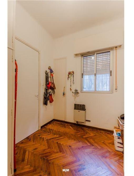 venta 2 dormitorios a media cuadra del parque