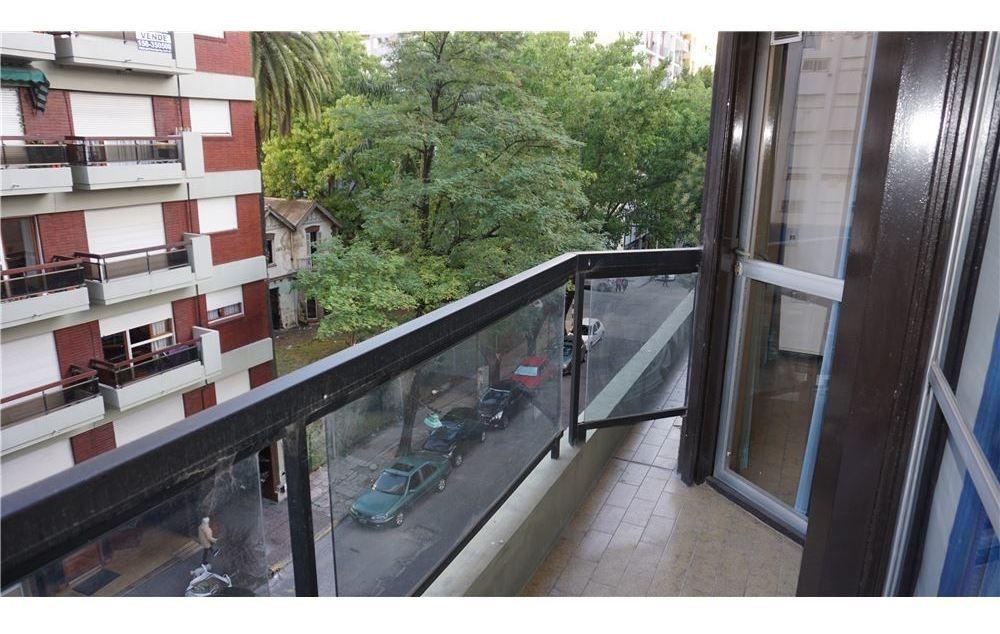 venta 3 amb c/ dep a la calle con balcón