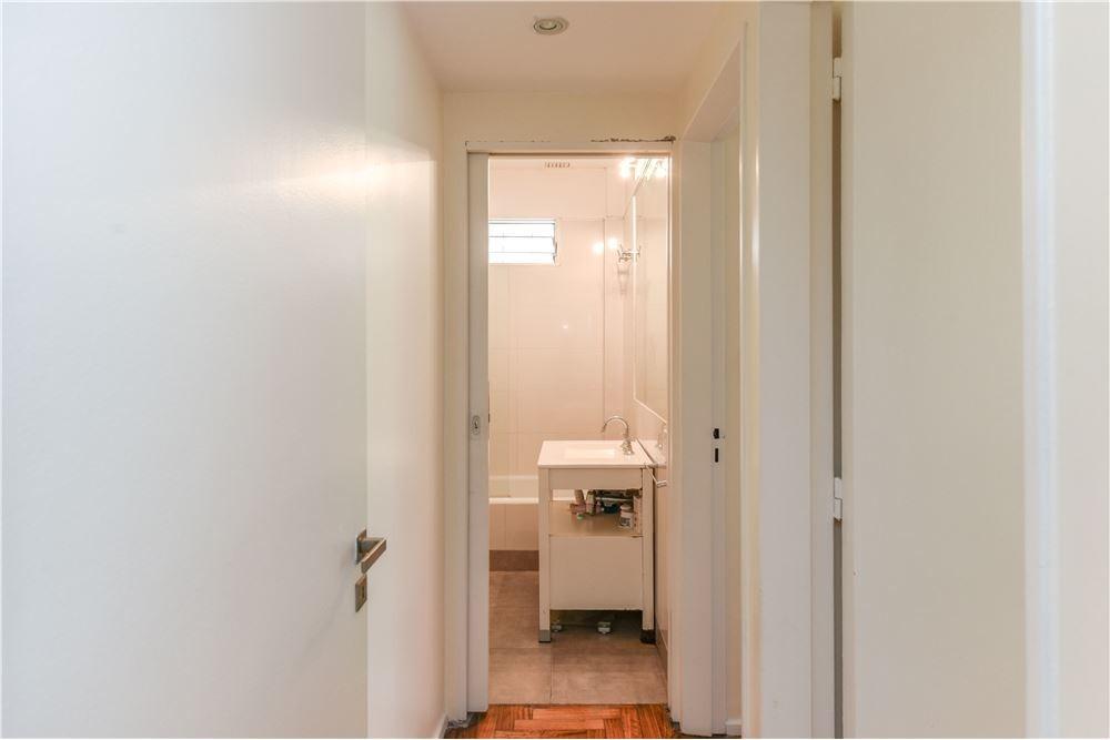venta 3 ambientes con balcón - palermo - luminoso