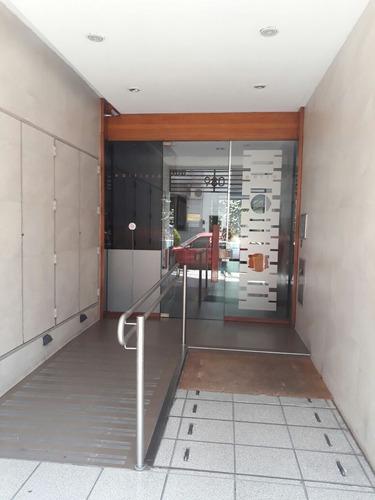 venta 3 ambientes con cochera en barracas