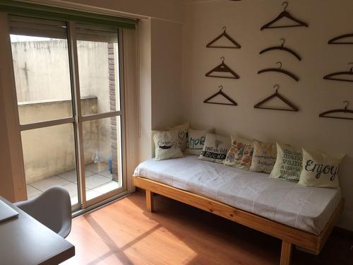 venta 3 ambientes con terraza propia, cochera y baulera