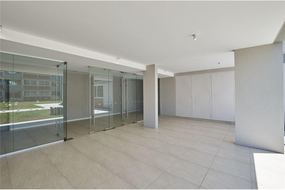 venta 3 ambientes en villa los remeros, cochera