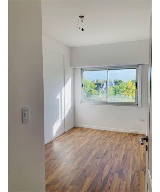 venta 3 ambientes estrenar con pileta en versalles