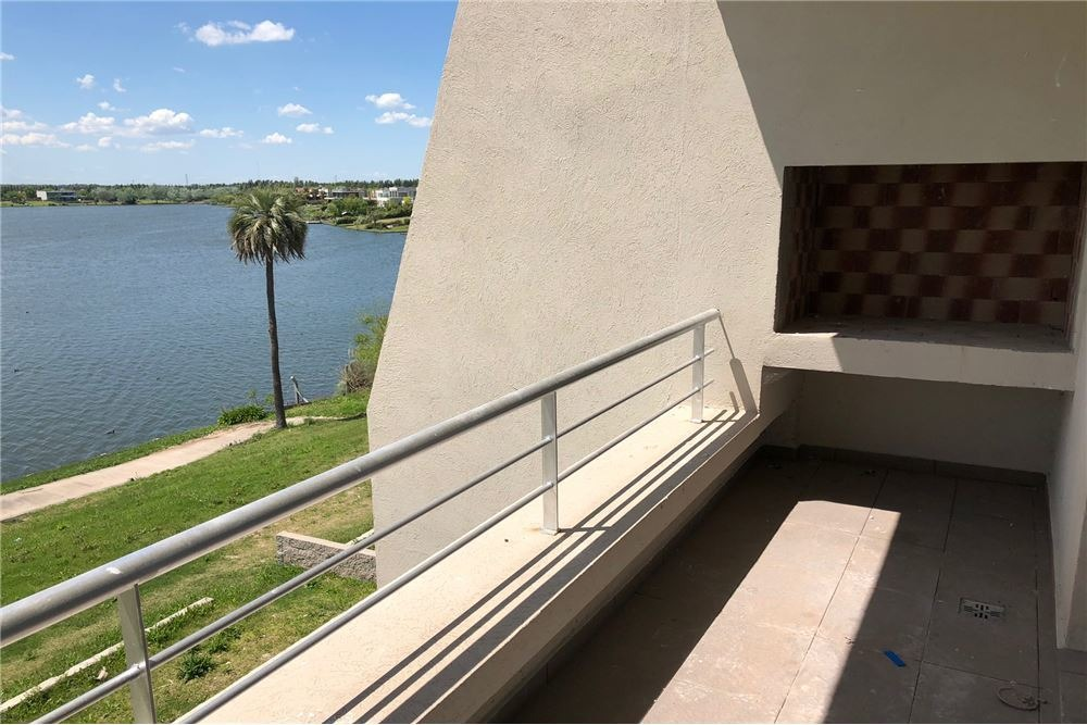 venta 3 amb.vista al lago, villanueva, financiado.