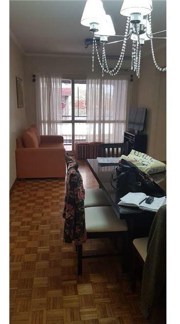 venta 4 ambientes al frente balcon en caballito