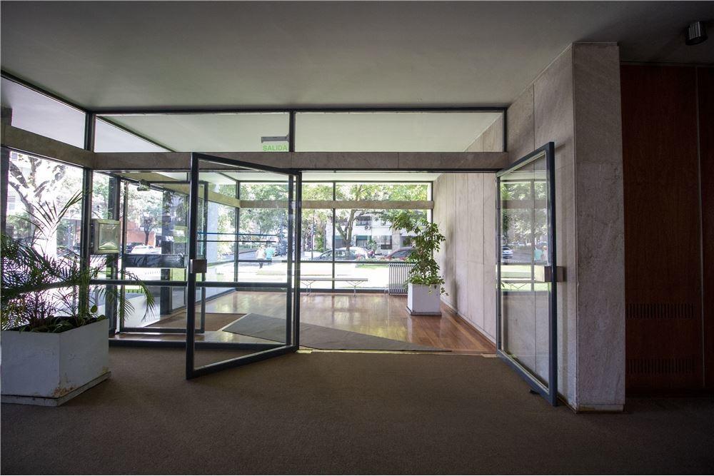 venta 4 ambientes belgrano r para consultorios