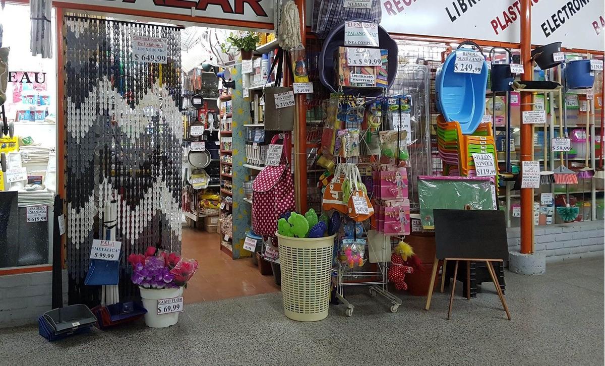 venta 4 locales en feria comunitaria + mobiliario y mercaderia