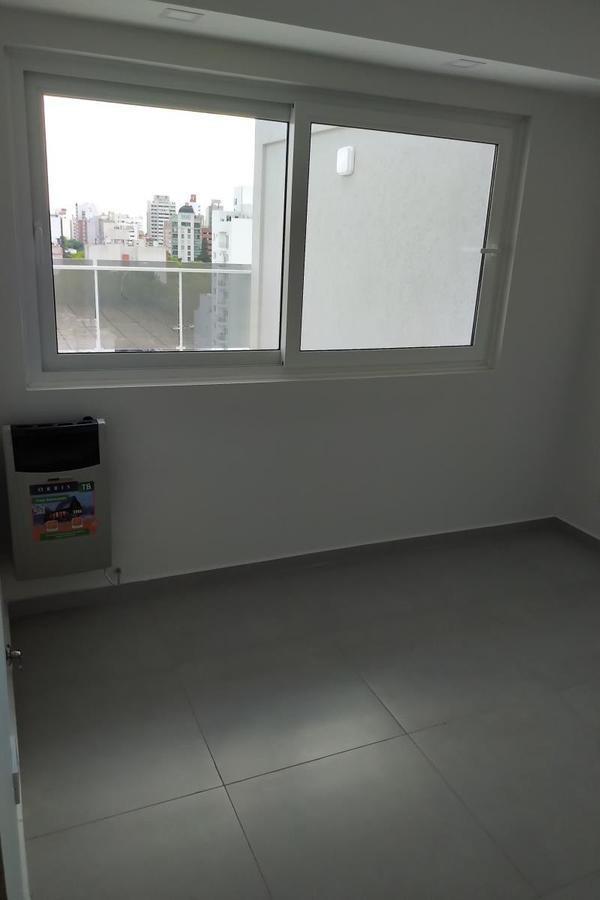 venta 5 e/60 y 61 - 1 dorm c/terraza - la plata - departamento