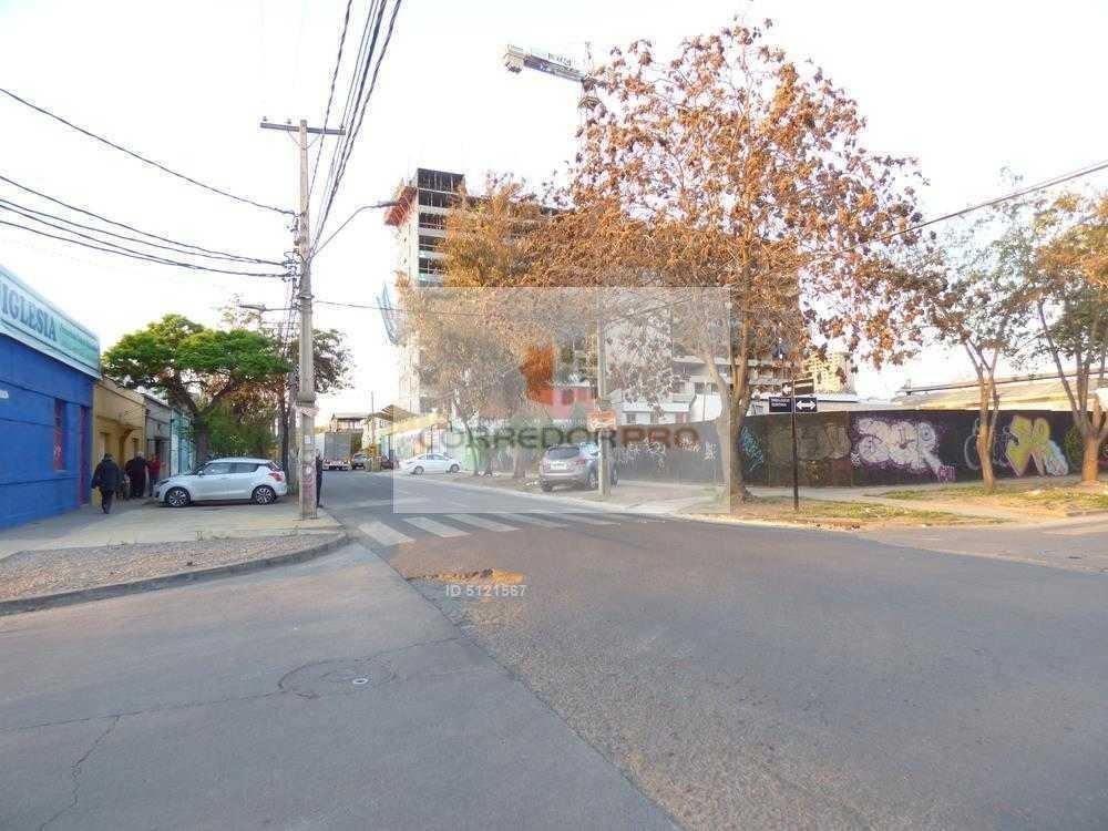 venta a inmobiliarias, terreno de 1.670 m2., en estación central. a 4 cuadras de metro padre hurtado.