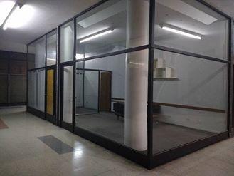 venta acepta financiación 2 locales comercial en galería sobre calle rivadavia