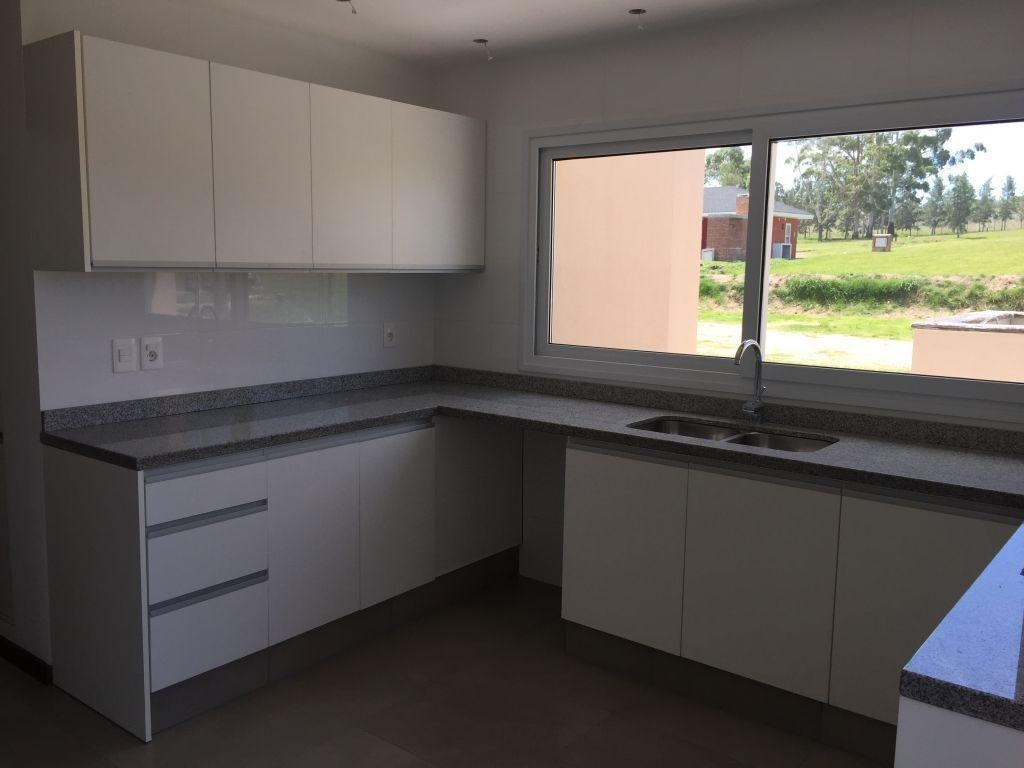 venta alquiler casa 3 dormitorios 4 baños altos de la tahona #313